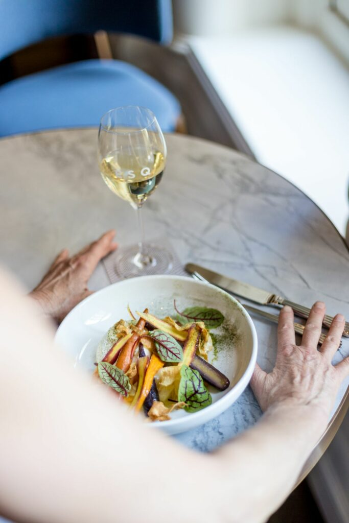 Jak dobrać wino do dań wegańskich? - blog gastronomiczny Bidfood Farutex