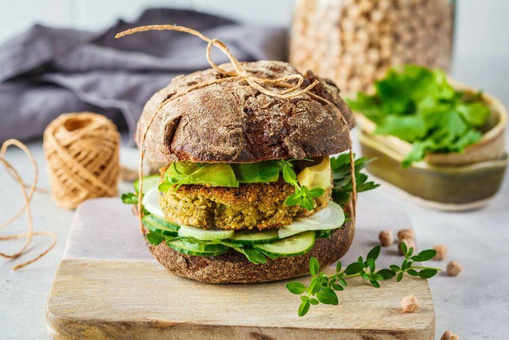 Wegański burger? To musi być vegebaza - - blog gastronomiczny Bidfood Farutex