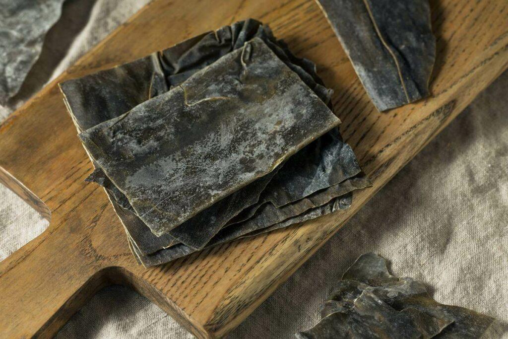 Glony w kuchni - jak wykorzystać glony kombu? Sprawdź! - blog gastronomiczny Bidfood Farutex