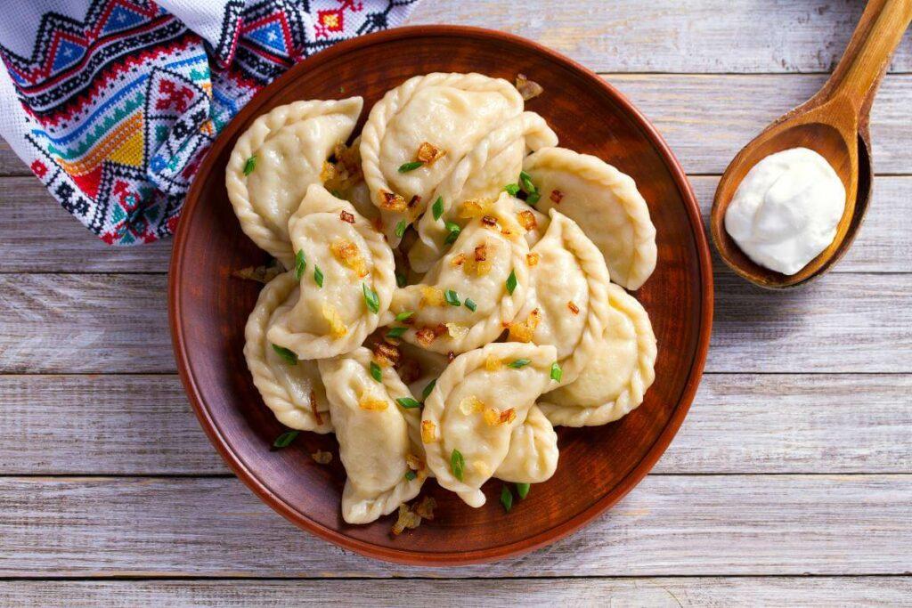 Z vegebazą przygotujesz szybki wegański obiad, np. pierogi - blog gastronomiczny Bidfood Farutex