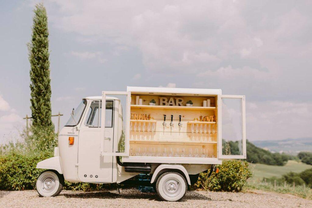 Prosecco bary i wino z kija - dlaczego ich popularność rośnie? Sprawdź! - blog gastronomiczny Bidfood Farutex
