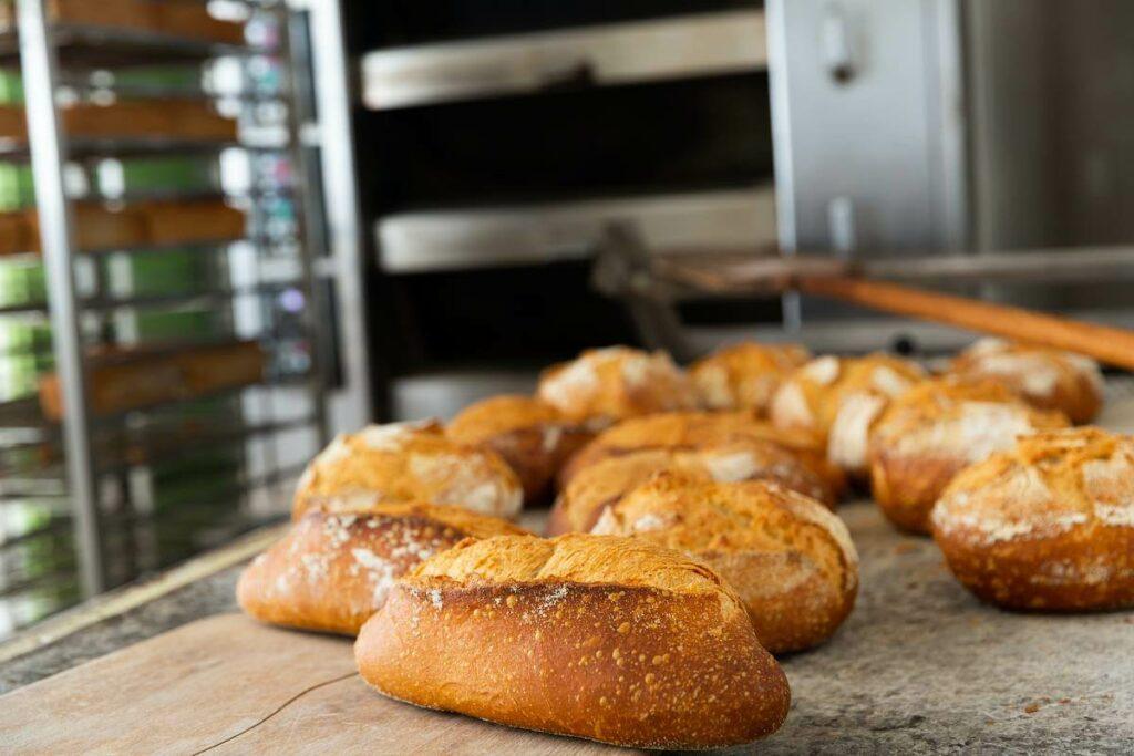 Szukasz profesjonalnego pieca? Zobacz nasze podpowiedzi! - blog gastronomiczny Bidfood Farutex