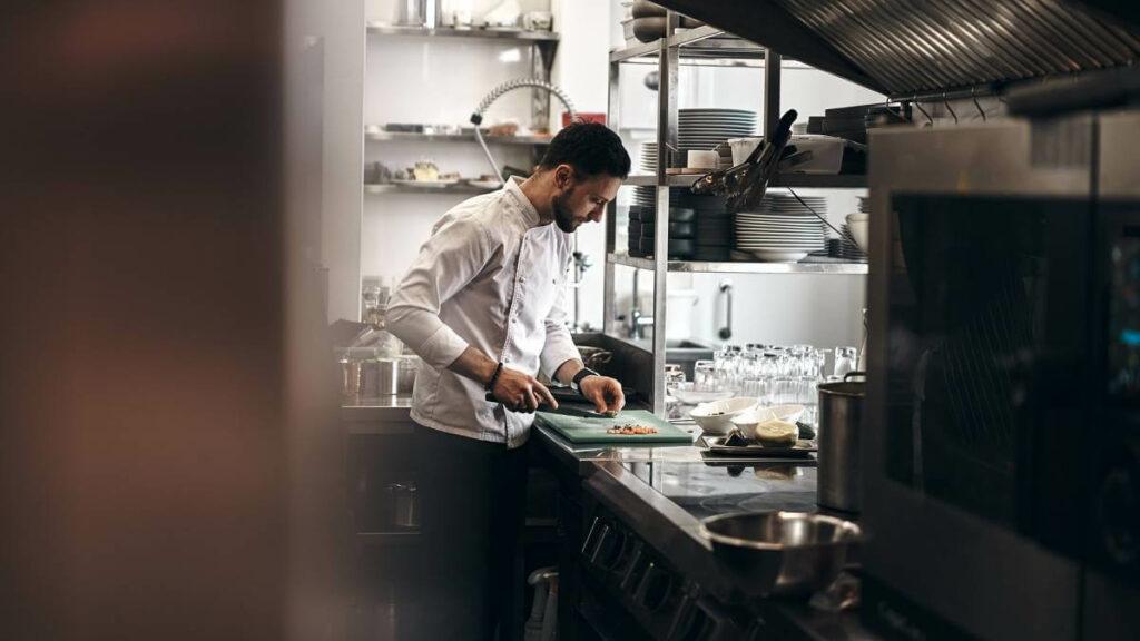 Jaki piec do gastronomii wybrać? Sprawdź - blog gastronomiczny Bidfood Farutex