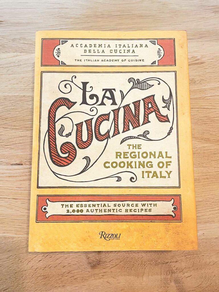 """Jakie książki dla szefów kuchni wybrać? Sprawdź """"La Cucina"""" - blog gastronomiczny Bidfood Farutex"""